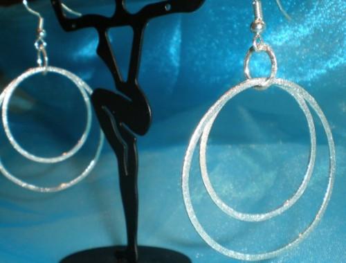 E006 Silver Hoops