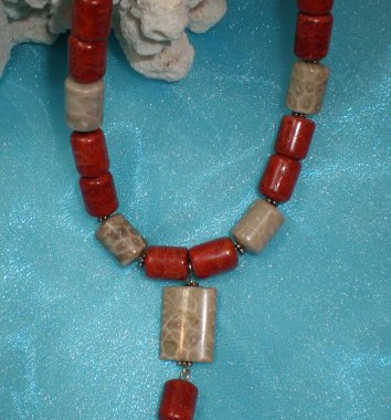 N018 Coral Necklace